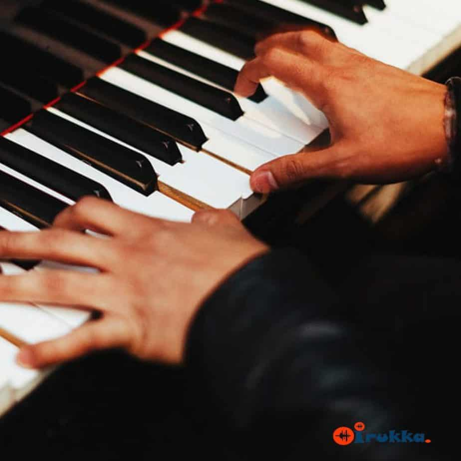 learn how to play keyboard & digital pianos