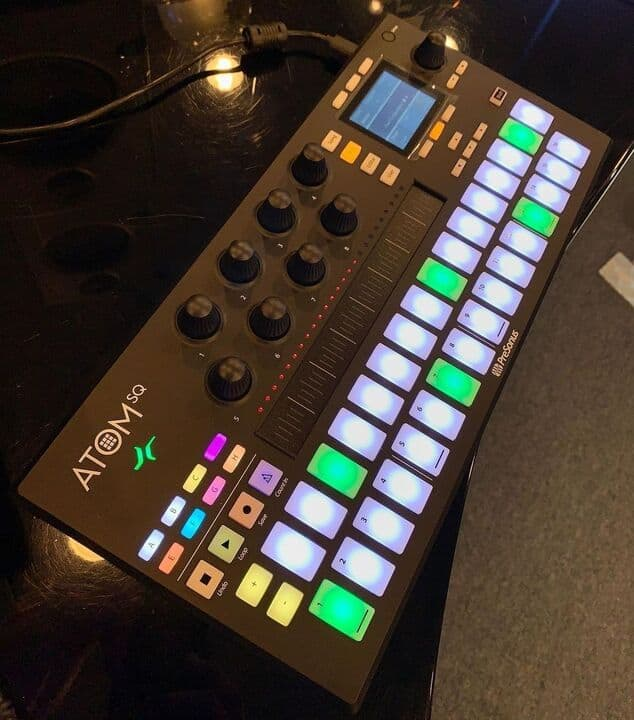 PRESONUS ATOM SQ HYBRID MIDI-CONTROLLER A controller for the modern producer